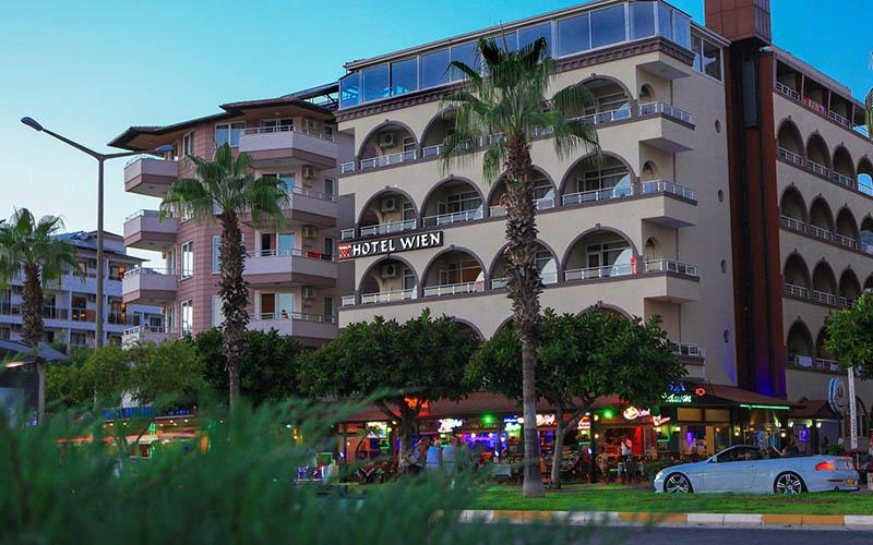 هتل وین تربیلک Hotel Wien Terbilek