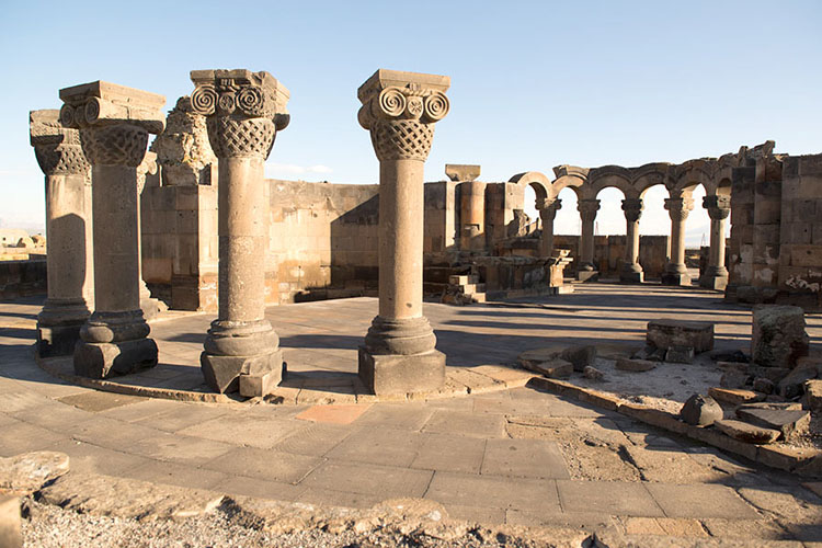 ویرانههای زوارتنوتس (Zvartnots Ruins)