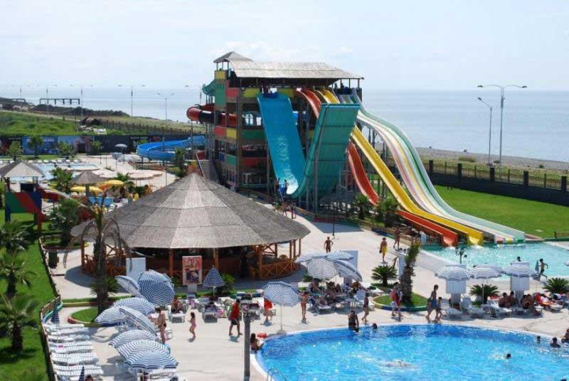 پارک آبی باتومی (Aquapark)