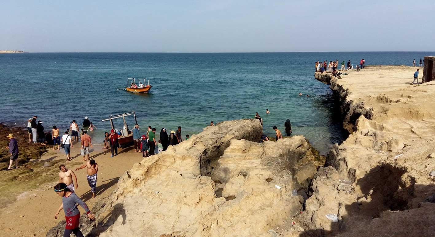 تفریحات آبی در جزایر ناز
