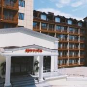 -نوروز-96-هتل-اسپوتنیک-باتومی-گرجستان-10-180x180 تور زمینی گرجستان