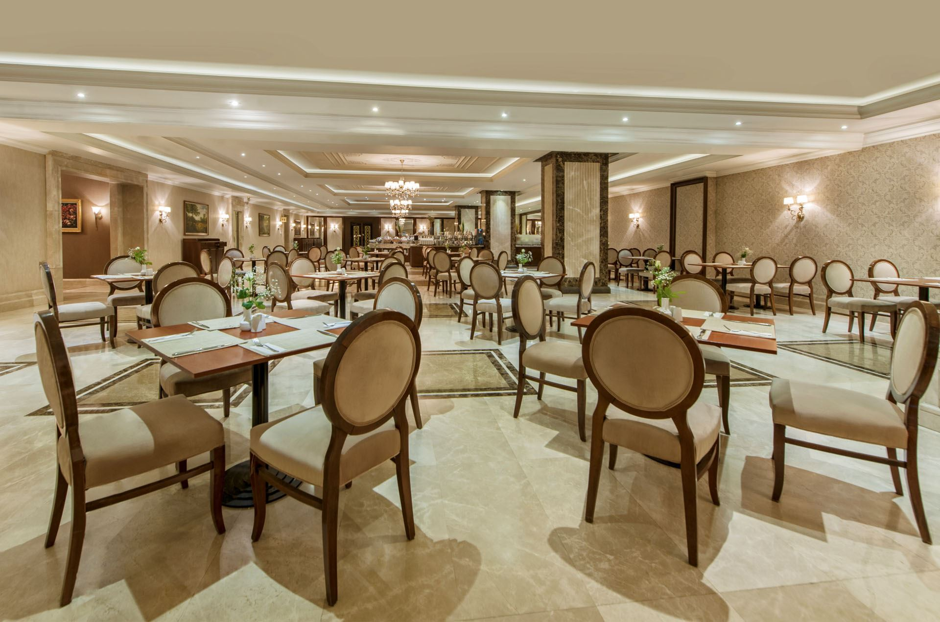 elite-restaurant رستوران ها و کافه های شهر وان