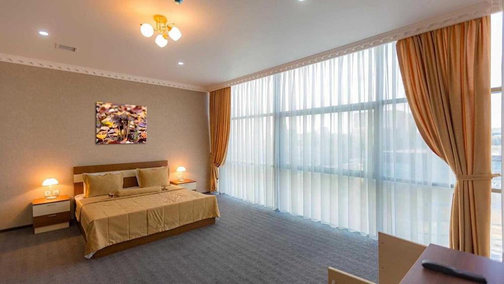 Riva Hotel2