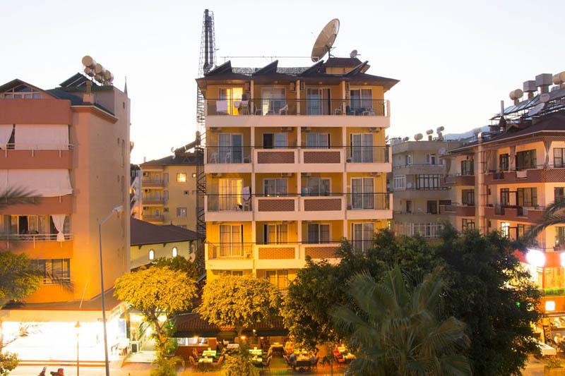 هتل کلئوپاترا Hotel Kleopatra