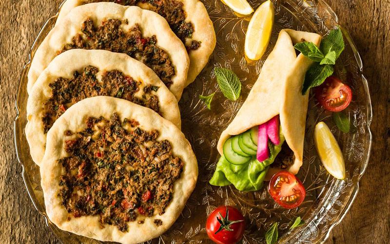 -Lahmajoun معرفی غذاهای محلی وان