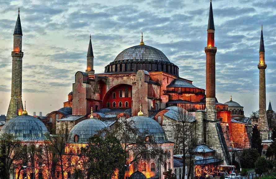 hagia-sophia-ayasofya-istanbul-turkey جاذبه های دیدنی استانبول   قسمت اول