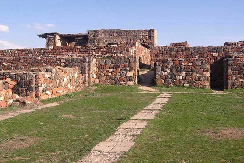 دژ اربونی (Erebuni Fortress)