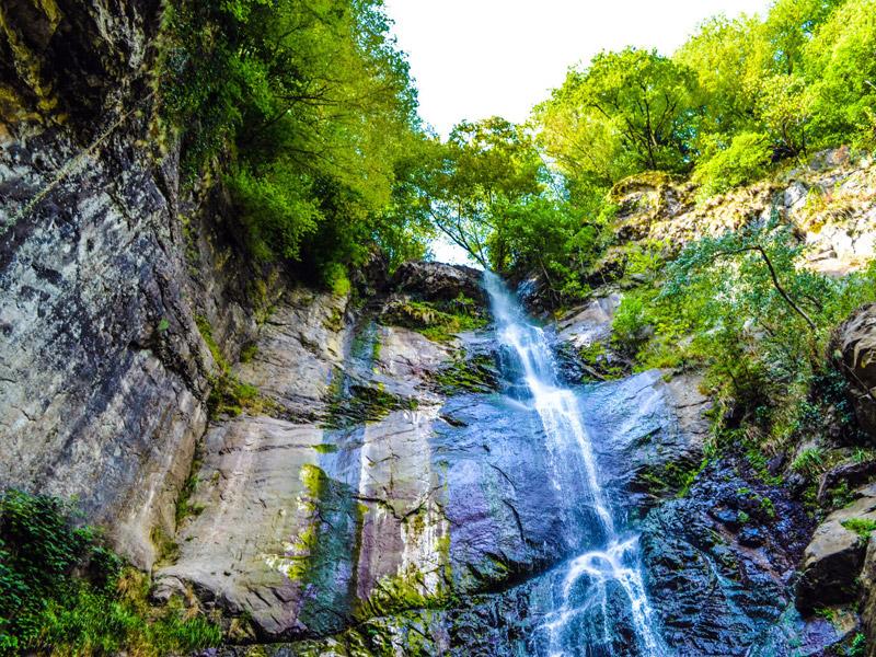 آبشار ماخونتستی (Makhuntseti Waterfall)
