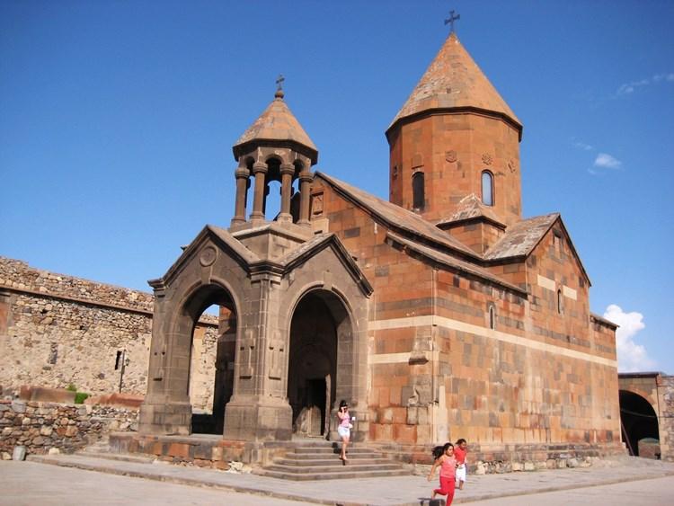 صومعه خور ویراپ (Khor Virap Monastery)