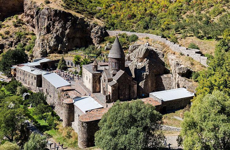 صومعه گغارد (Geghard Monastery)