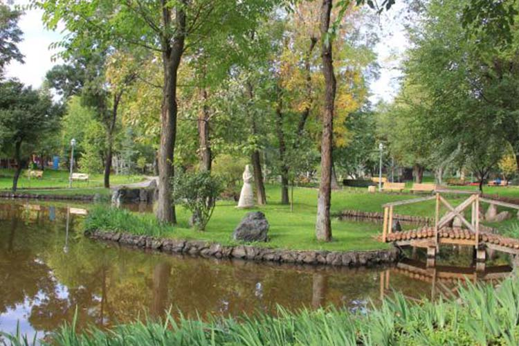 پارک عشاق (Lover's Park)