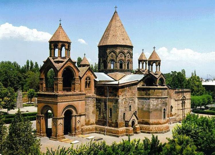 کلیسای حواری ارمنی اچمیادزین (Echimiazin Armenian Apostolic Church)