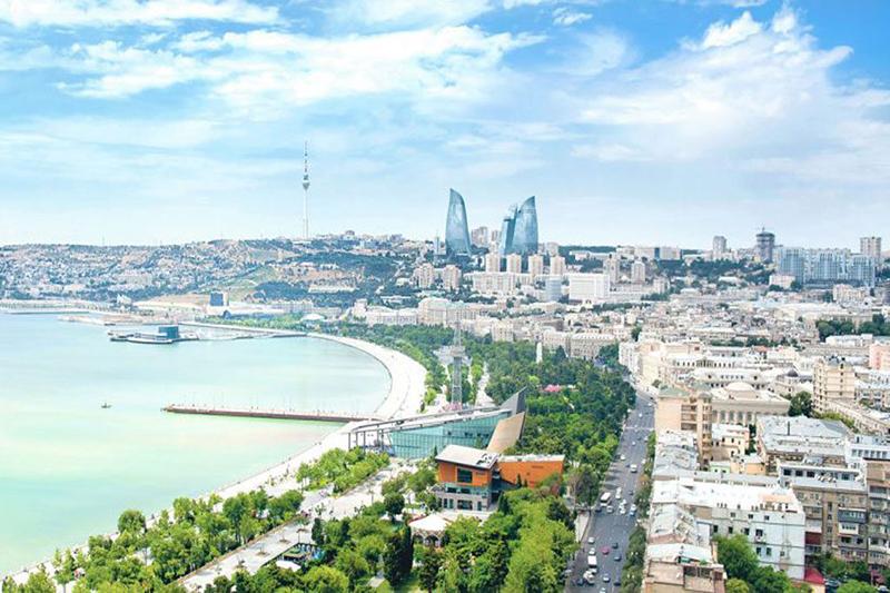 baku-azetbaijan-1024x682 انتخاب زمان مناسب سفر به باکو