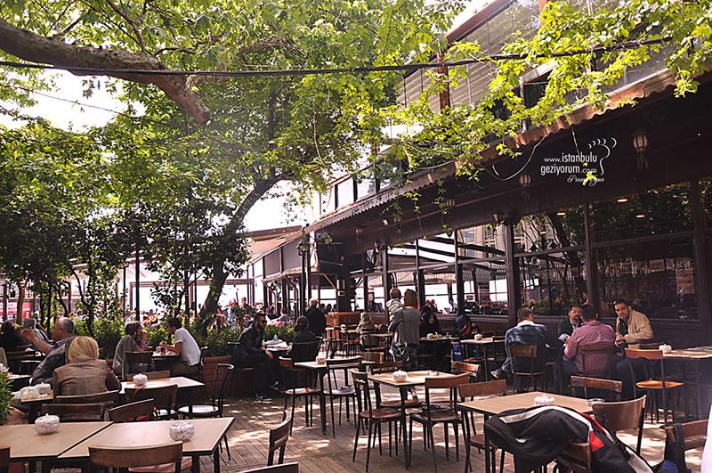 -کوی-چینارالتی-Çengelköy-Çınaraltı بهترین کافه های استانبول | قسمت اول