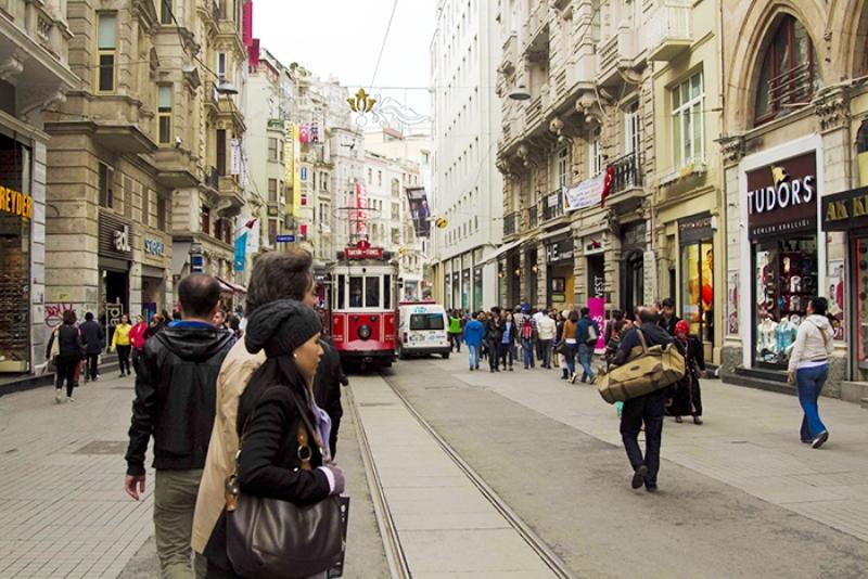 کافههای خیابان استقلال (Istiklal Street)