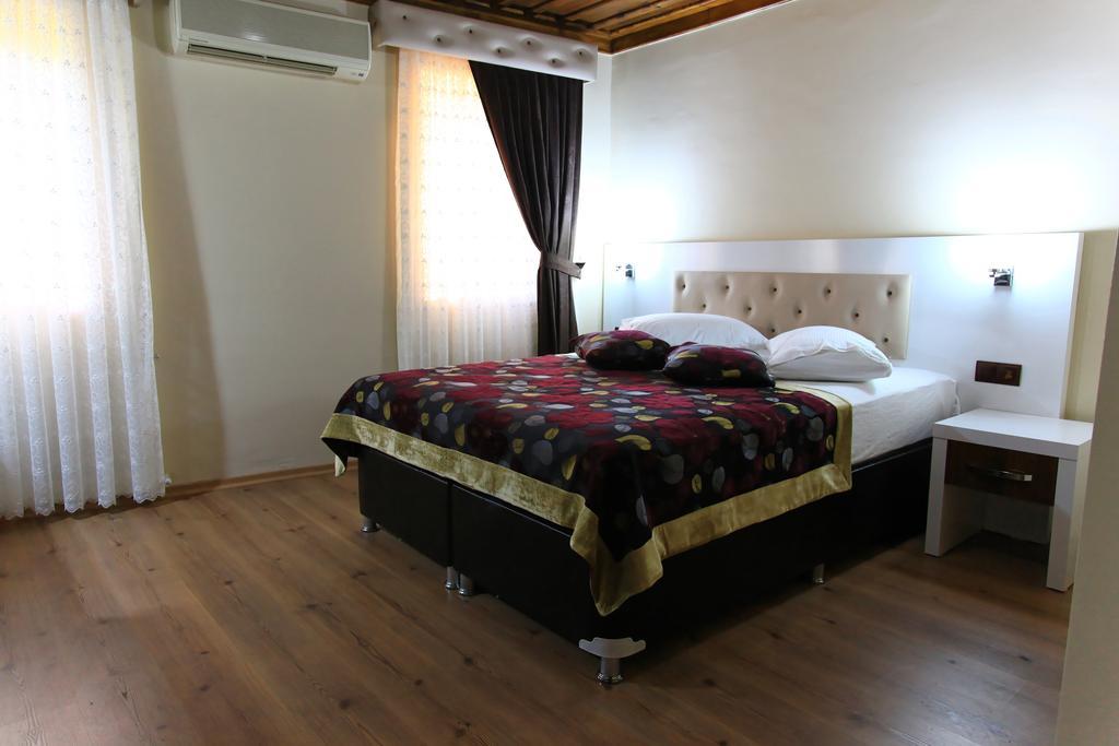 هتل باکوس پانسیون