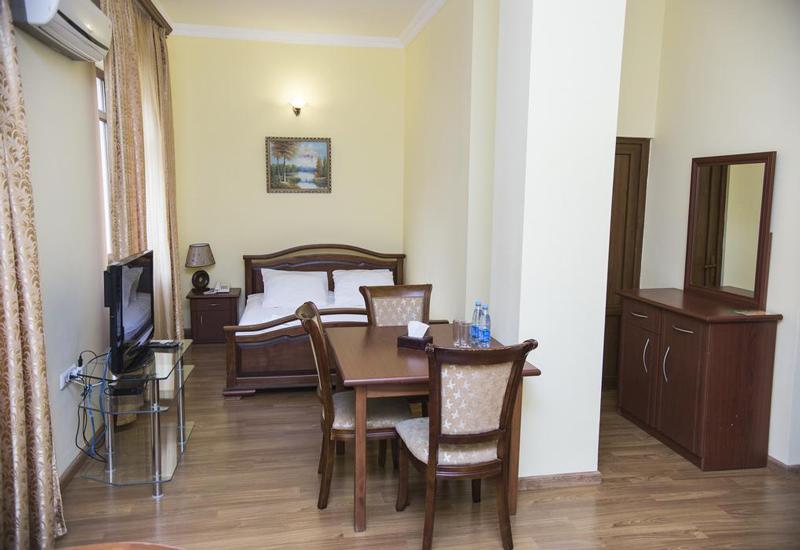 هتل کپیتال (Capital Hotel)2