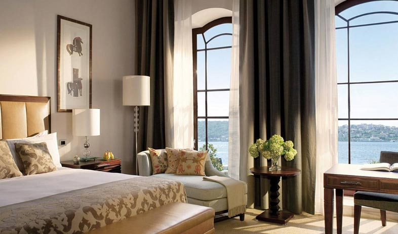 Four Seasons Hotel Istanbul at the Bosphorus2