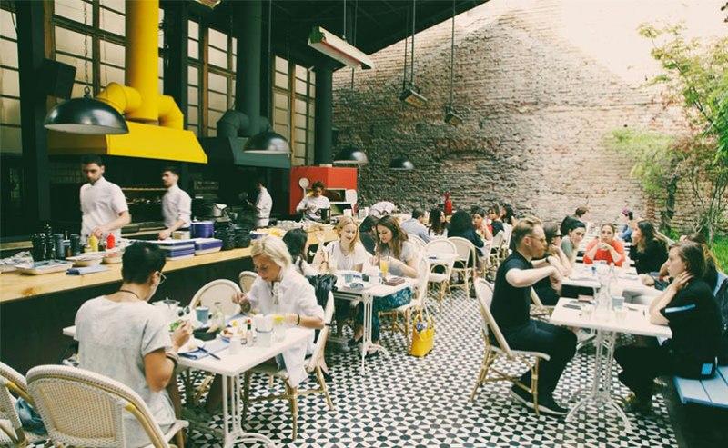 رستوران لولیتا
