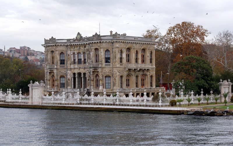 کاخ کوچوکسو (Kucuksu Kasari)